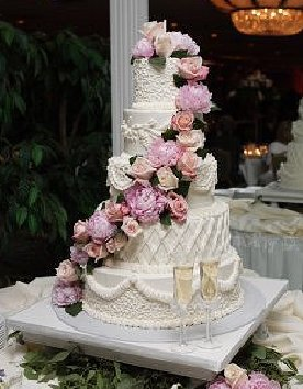 carriage-house-wedding-cake