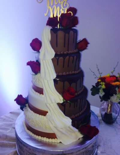 carriage-house-wedding-cake5